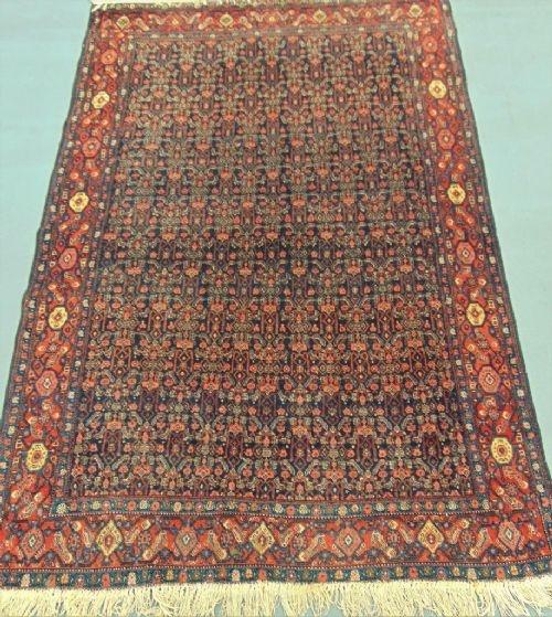 fine hamadan carpet rug flowerhead design