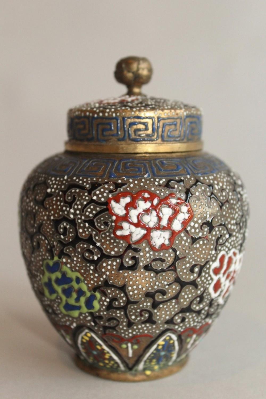 antique japanese enamelled vase meiji