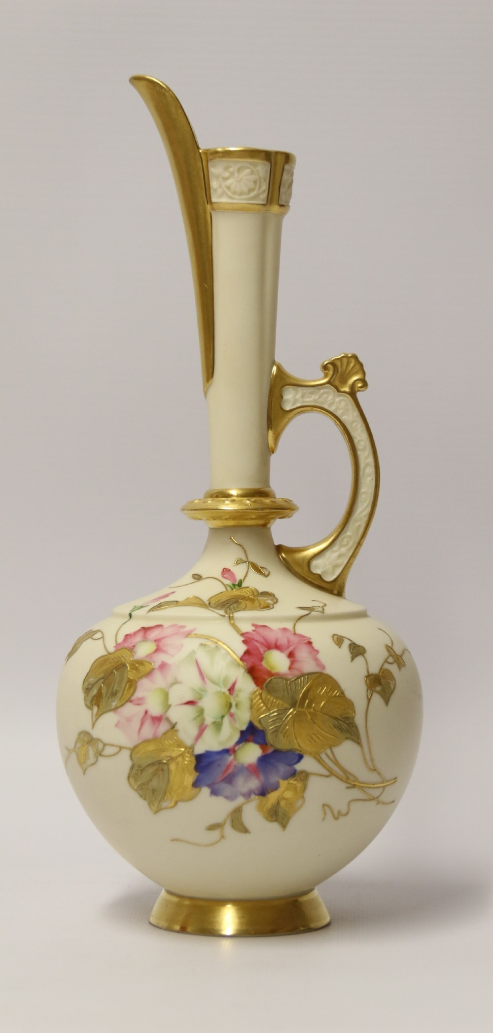 a fine 19th c royal worcester hand painted jug
