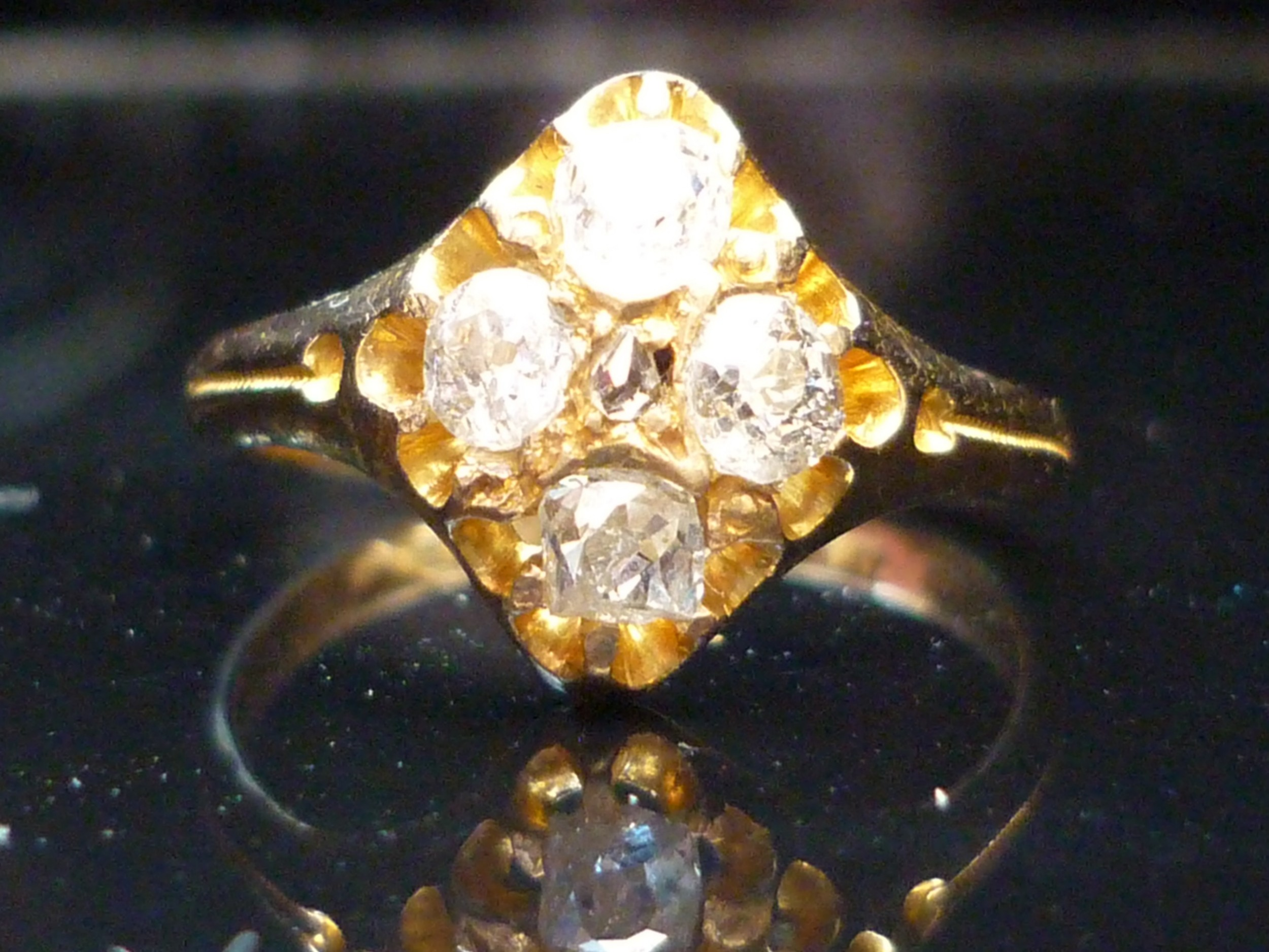 stunning 18ct gold victorian c1874 070ct old cut diamond quatre ring free sizing available