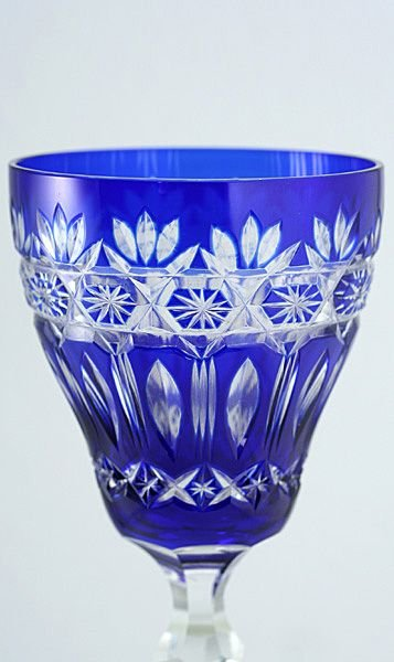 Crystal Glasses With Notched Stems