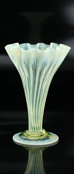 C1890 Vaseline Uranium Glass Vase Probably James Powell 214154