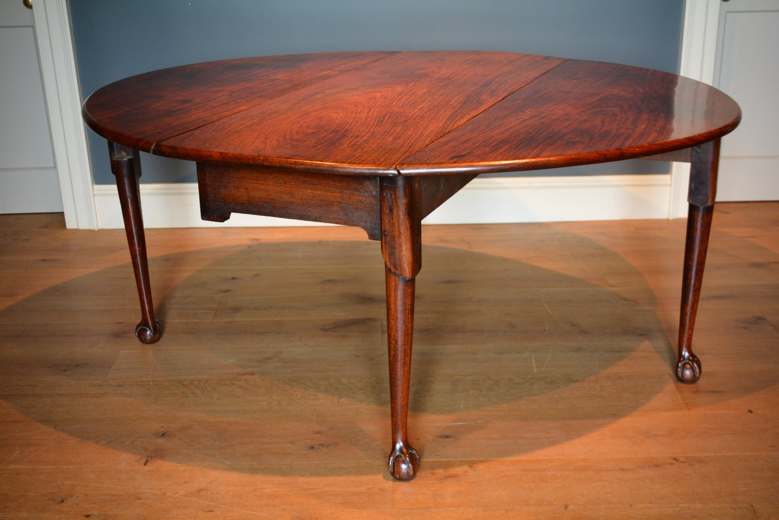 18th century padouk dropleaf dining table