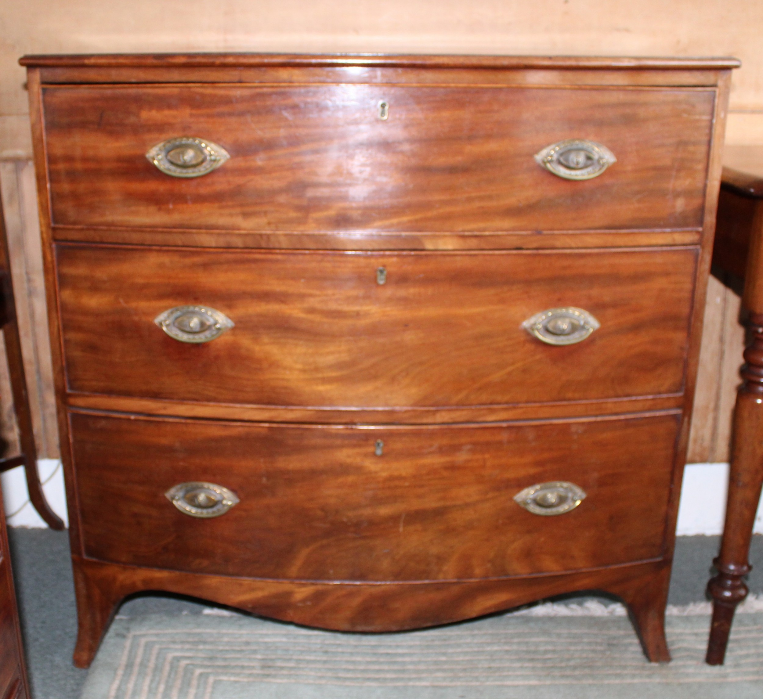 small regency mahogany bow front chest of drawers