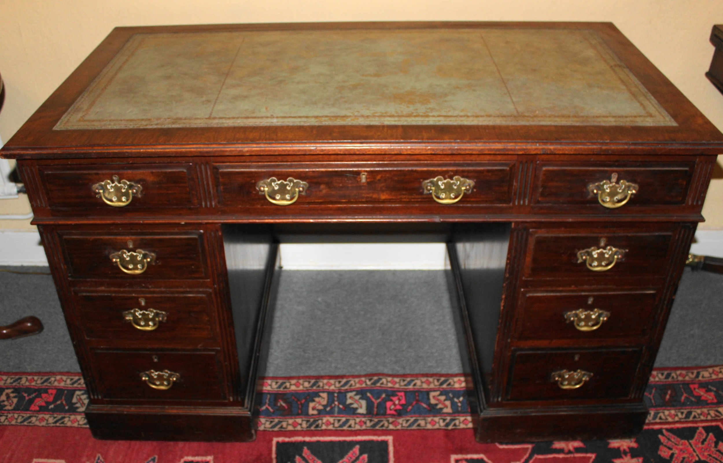 large good quality victorian mahogany pedestal desk