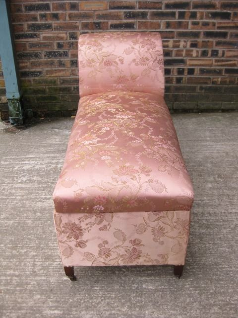 Antiques the uk 39 s largest antiques website for Antique edwardian chaise longue