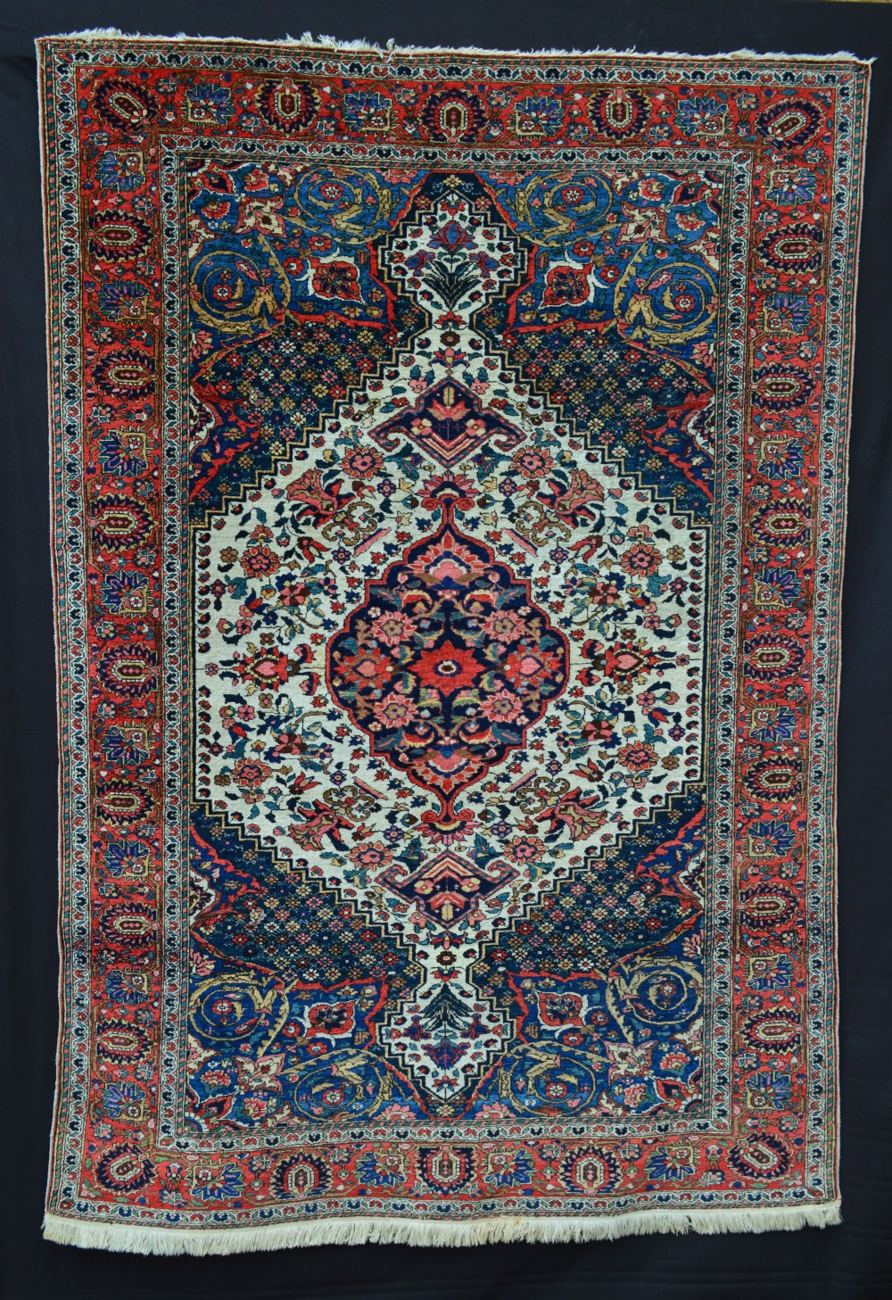 antique bakhtiari rug the chahar mahal region western persia