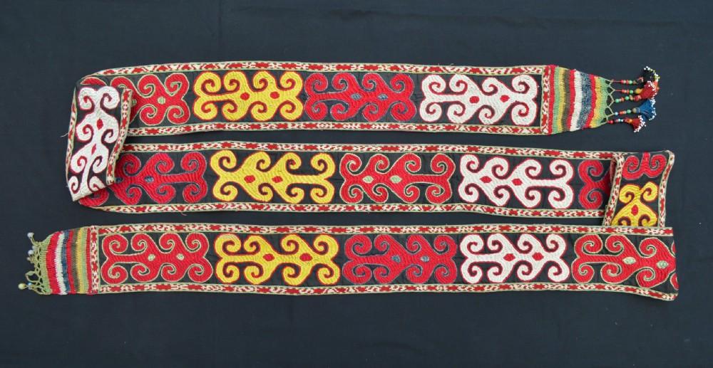 antique ceremonial silk band lakaiuzbeks uzbekistan