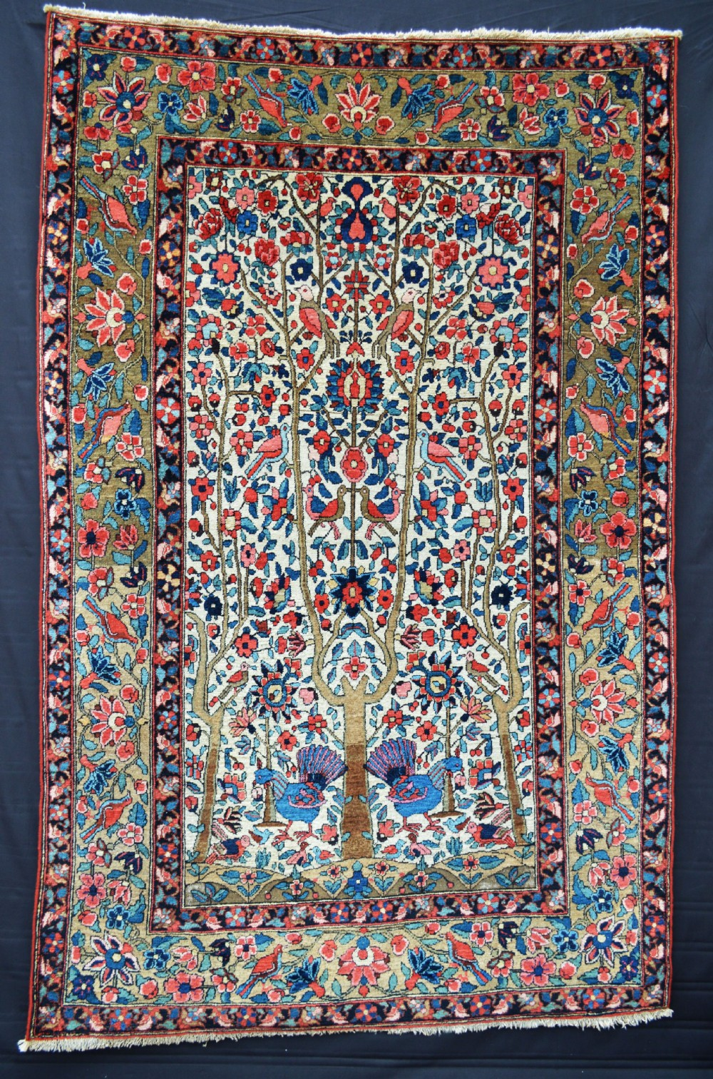 antique bakhtiari rug the chahar mahal western persia