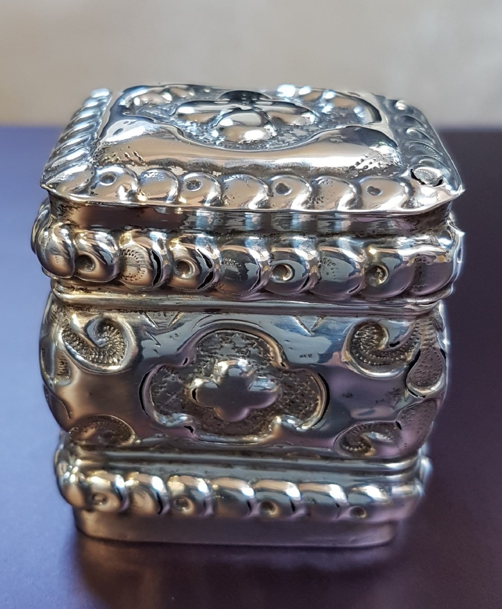 dutch silver box with hinged lid