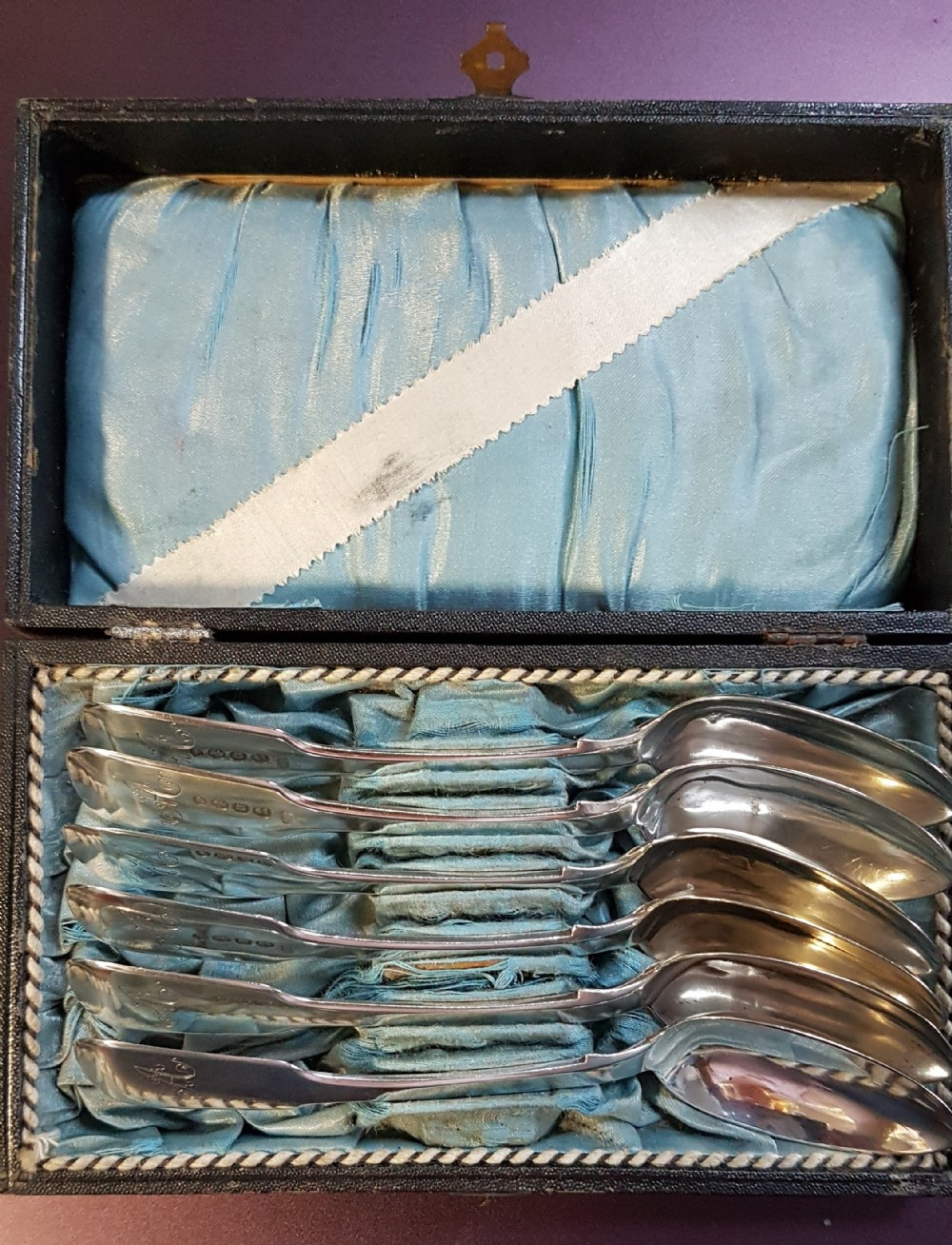cased set of six sterling silver fiddle pattern teaspoons
