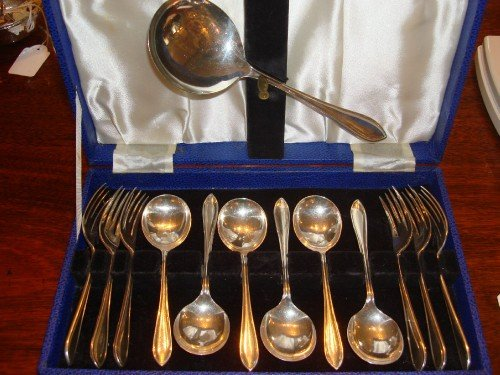 sheffield hallmarked solid silver 13 piece dessert or fruit service canteen by well known maker emile viner presented in the original case