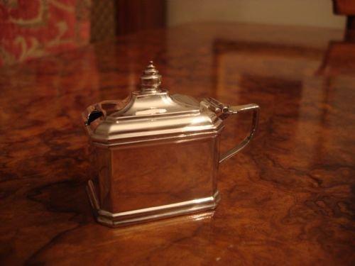 elkington and company birmingham 1928 solid silver unusual pagoda design mustard pot and spoon