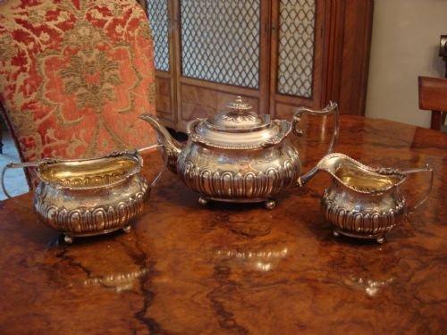 london 1813 wonderful georgian period solid silver full sized tea service with grape vine decoration