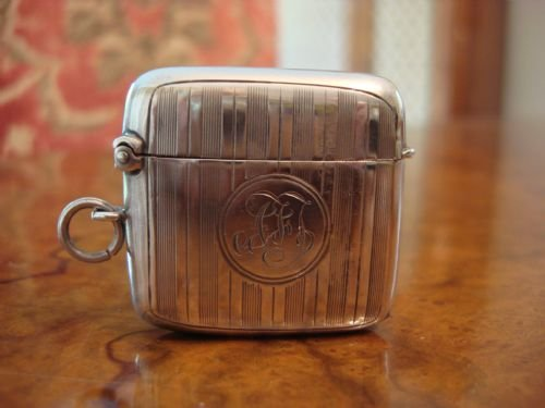 birmingham 1912 solid silver engraved and curved vesta or matchsafe in excellent condition