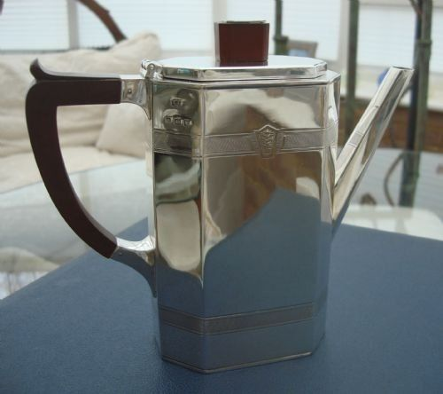superb solid silver iconic art deco coffee pot made by birmingham silversmiths company