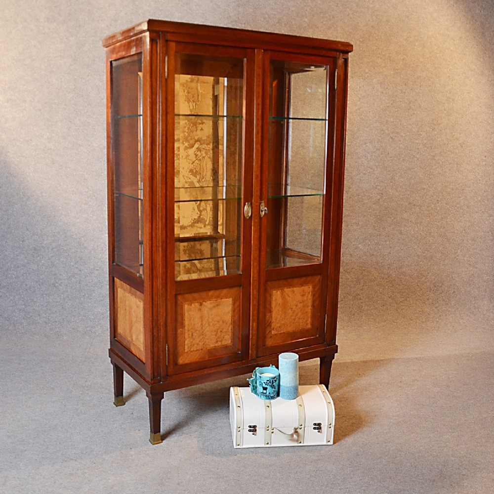 Antique display case china cabinet glazed bookcase fine for Antique display cabinet