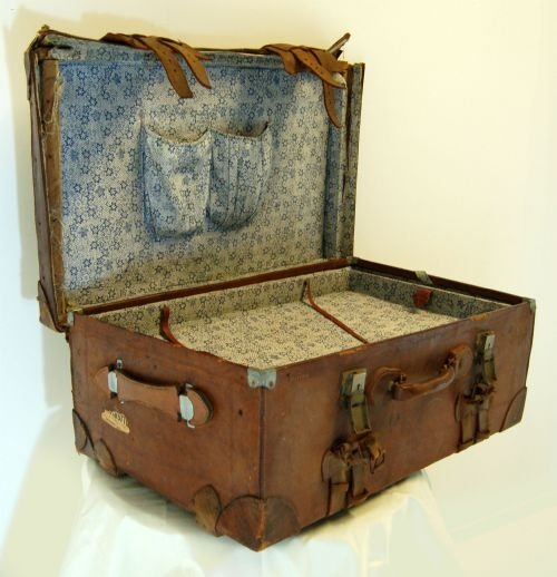 Large Leather Vintage Suitcase Luggage Travel Trunk Box | 93484 ...