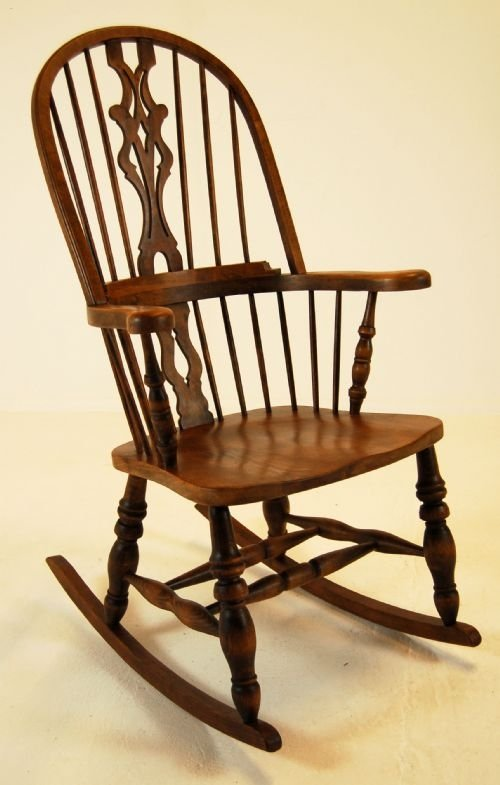Rocking chairs antique elm chairs antique windsor chairs antique lath