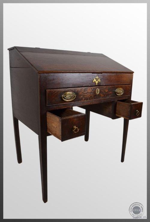 Antique oak desk writing bureau english 17th century for Bureau in english