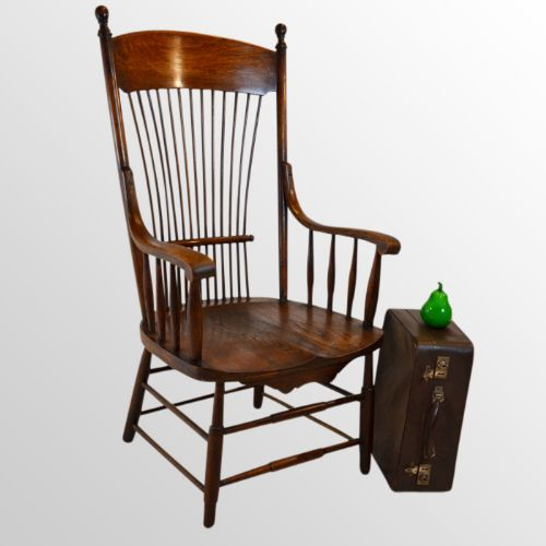 Antique windsor wide seat reading oak chair country for Oversized reading chair for sale