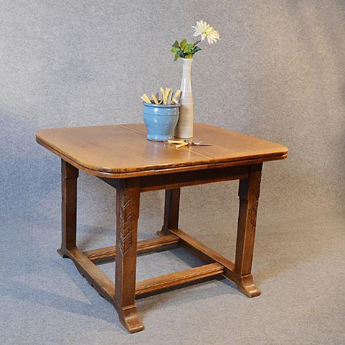 Antique oak kitchen dining table extending draw leaf 4 6 for Oak kitchen table with leaf