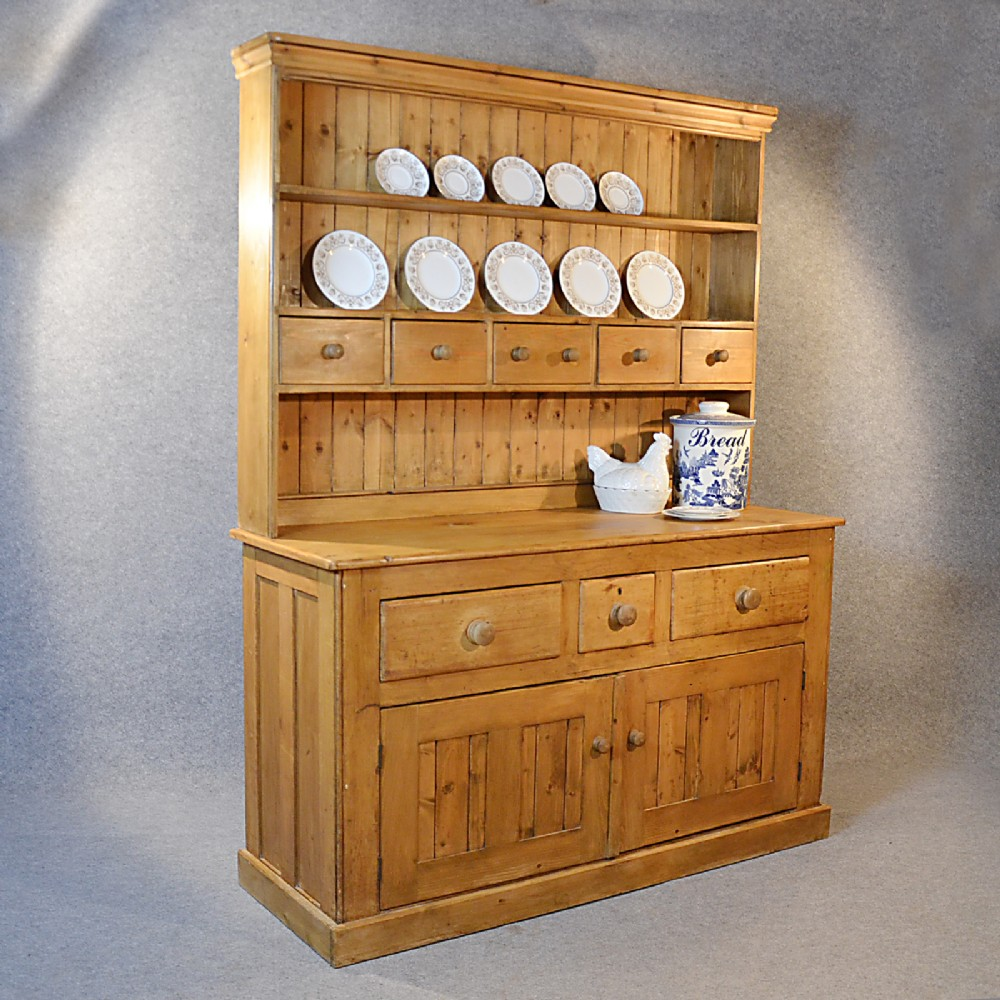 Antique victorian pine dresser welsh country kitchen for Kitchen display