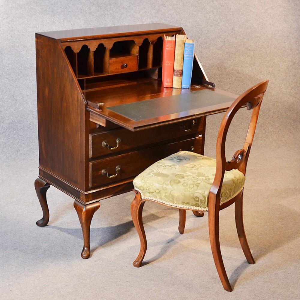 Antique bureau writing desk mahogany english edwardian for Bureau in english