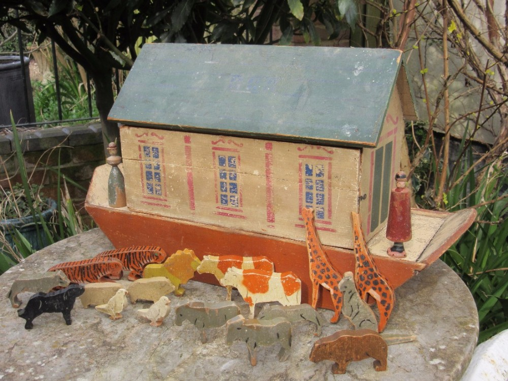 Late 19th Century Wooden Noahs Ark Animals Toy 459400
