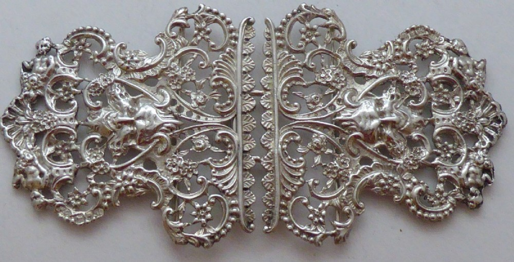 victorian william comyns 1899 hallmarked solid silver nurses belt buckle 100g