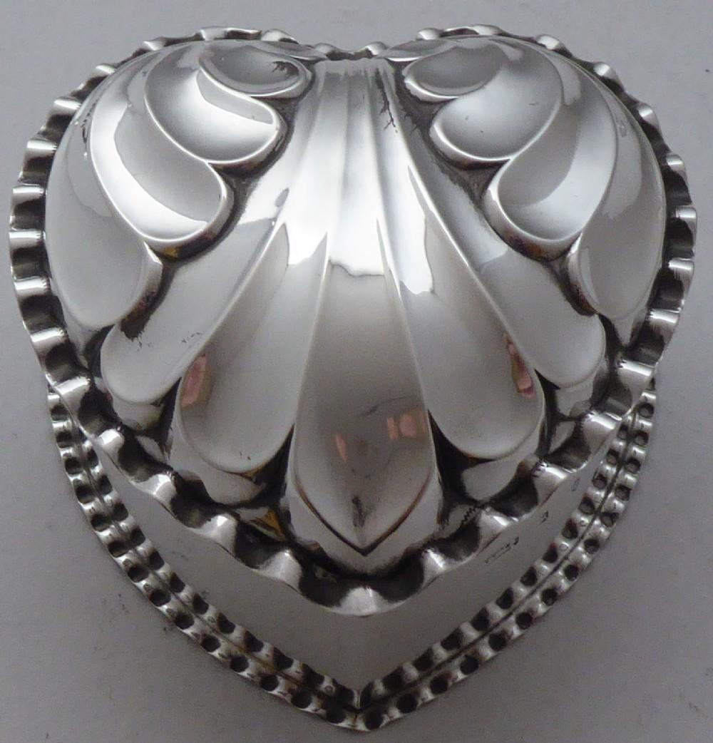 victorian 1890 hallmarked solid silver love heart jewellery box pill box