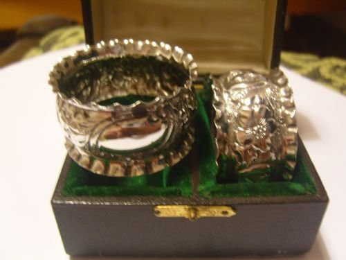 lovely pair of boxed victorian silver napkin rings - photo angle #2