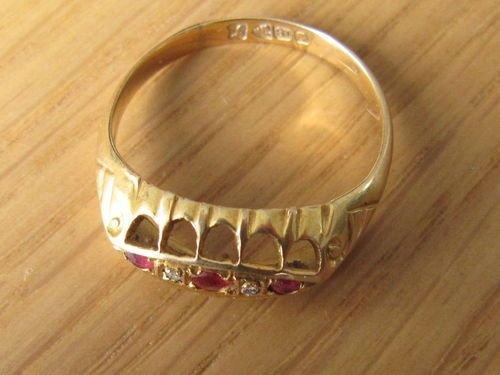 Lovely Ruby Amp Diamond 18ct Gold Ring Chester Hallmark