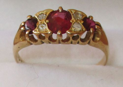 Antique Victorian 18 Ct Yellow Gold Ruby Amp Diamond Ring