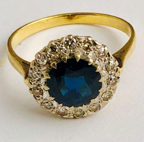 stunning large 18ct gold sapphire 175ct diamond 050ct ring