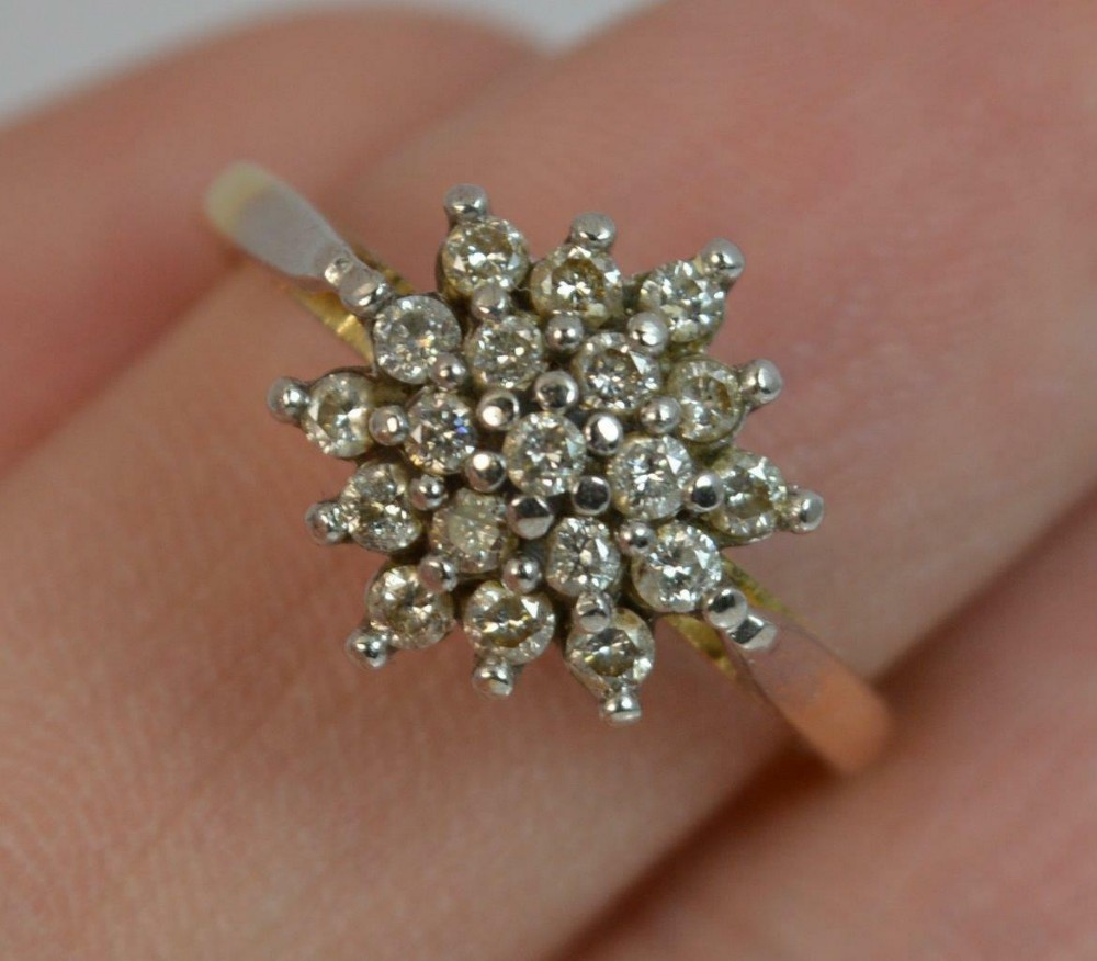 beautiful natural 050ct diamond and 18ct gold cluster ring