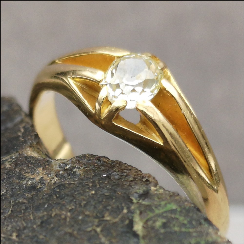 edwardian 18ct gold diamond solitaire 040ct gypsy ring