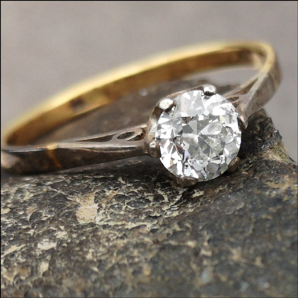 beautiful edwardian 18ct gold 07ct diamond solitaire ring