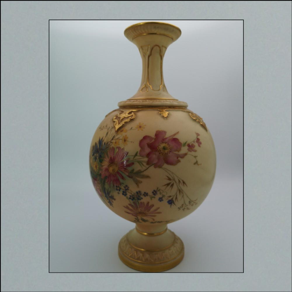 royal worcester blush ivory large bulbous vase dated 1903