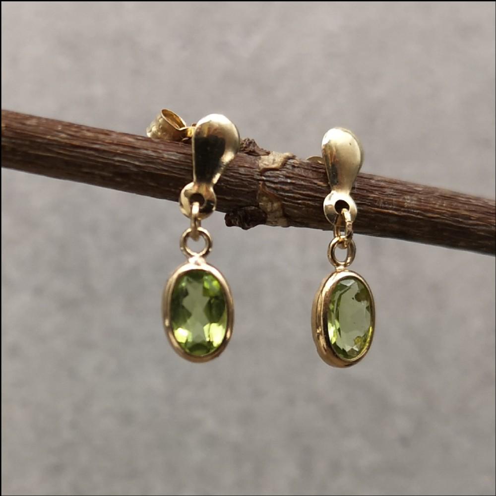 9ct gold peridot drop dangly earrings