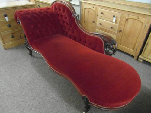 Victorian mahogany antique chaise lounge 191606 for Antique mahogany chaise lounge