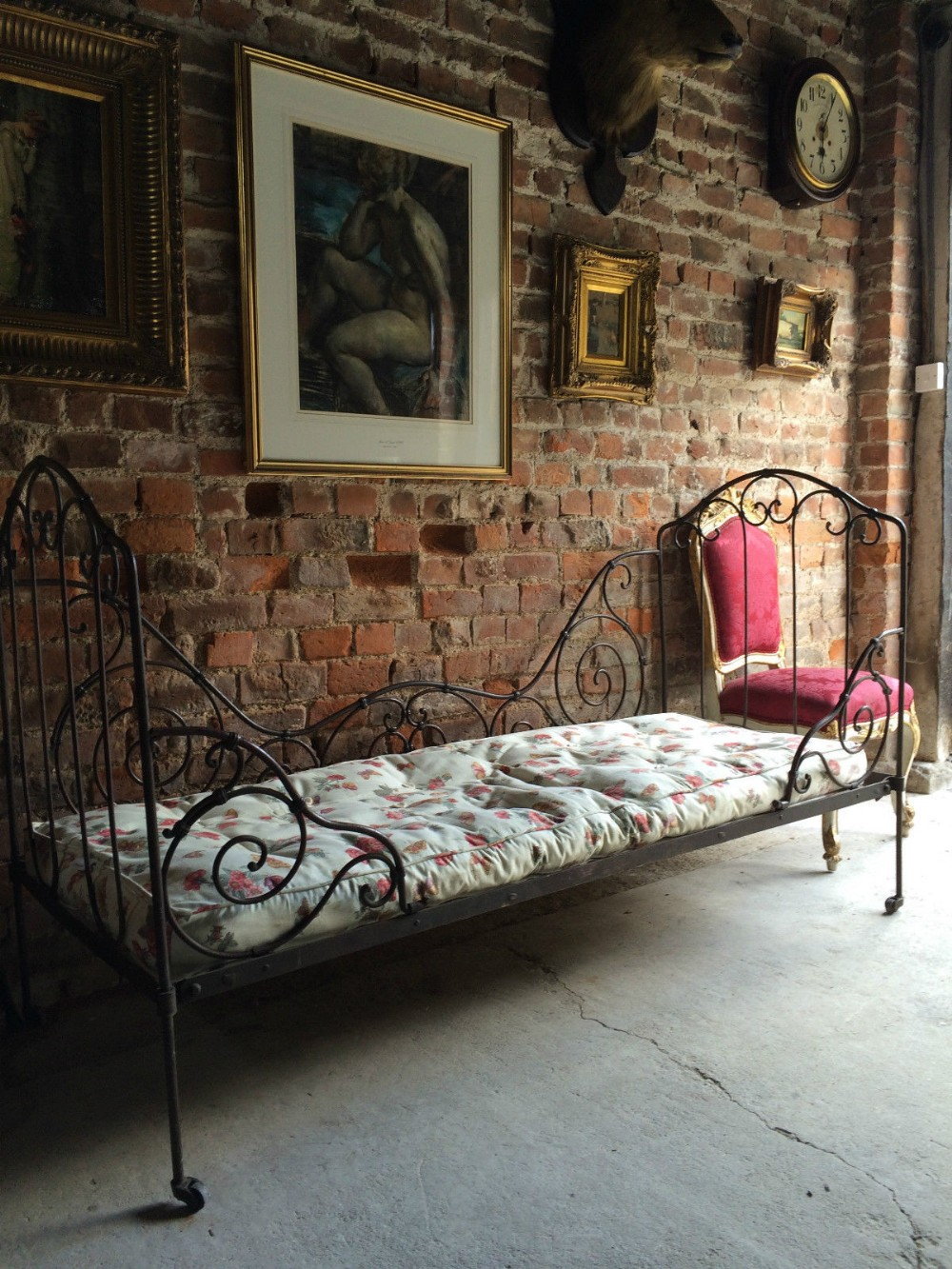 French Antique Victorian Day Bed 19th Century Casters