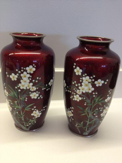 Large Pair Of Japanese Cloisonne Vases 229522 Sellingantiques