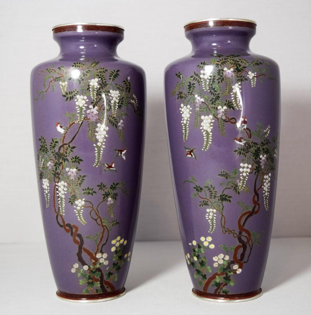 Lovely Quality Pair Of Japanese Cloisonne Vases Meiji