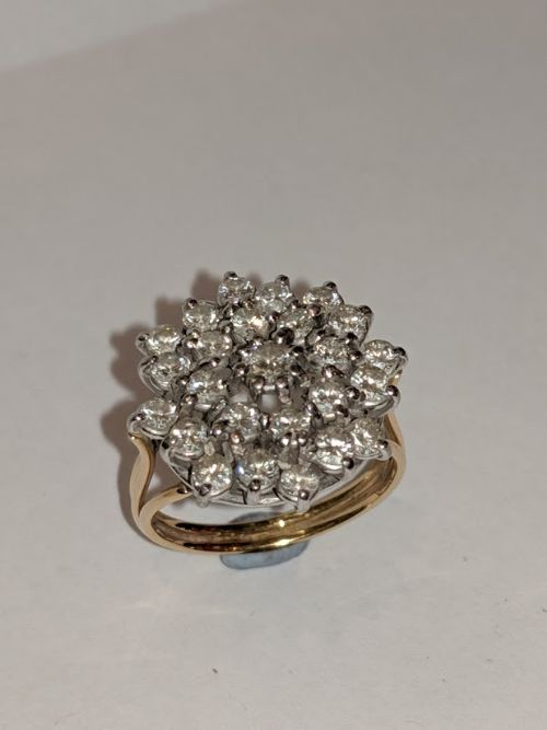 18ct gold 1ct diamond cluster ring