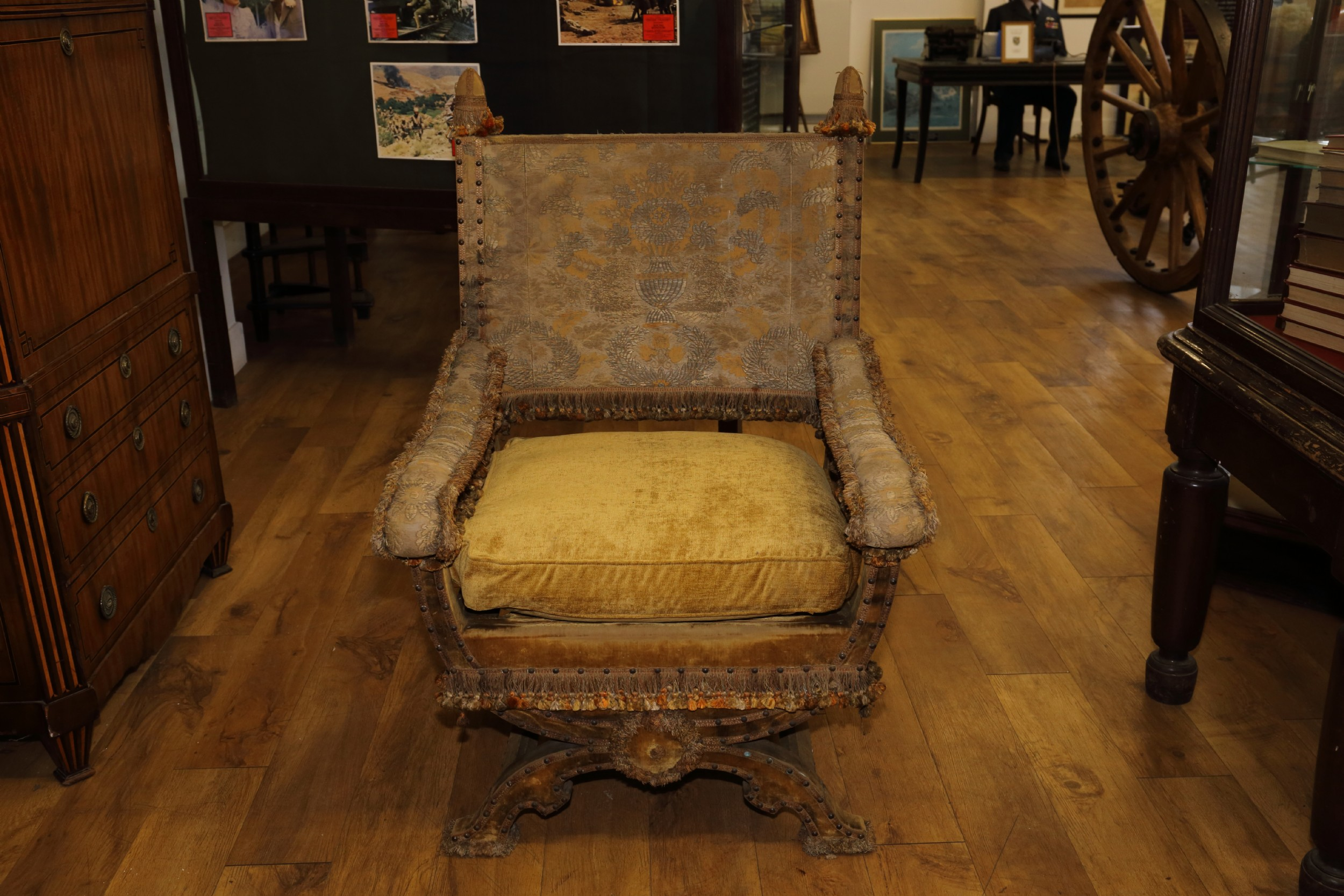 baronial hall x framed chair