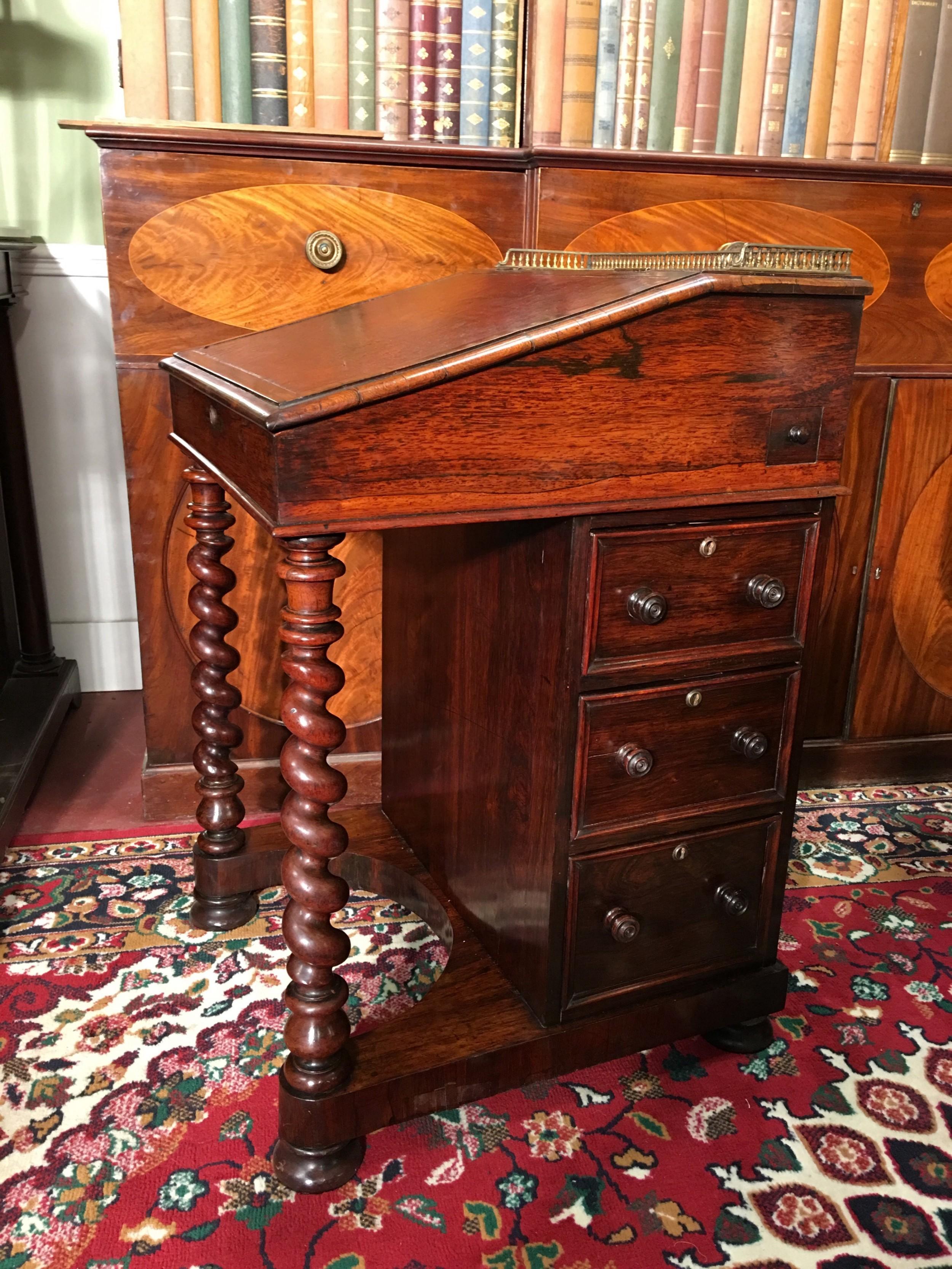 a fine william iv rosewood davenport