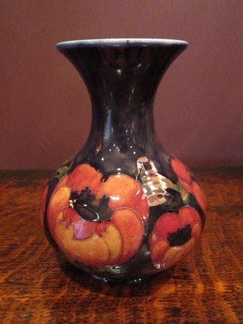 Superb Moorcroft Big Poppy Vase 281263 Sellingantiques