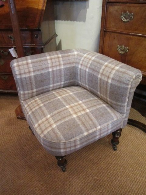 Charmant Unusual Mid Victorian Upholstered Corner Chair