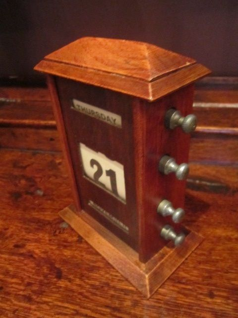 Perpetual Calendar Desk : Polished oak perpetual desk calendar